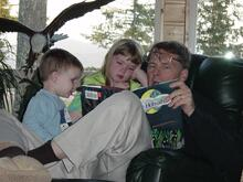 granpa reads to children